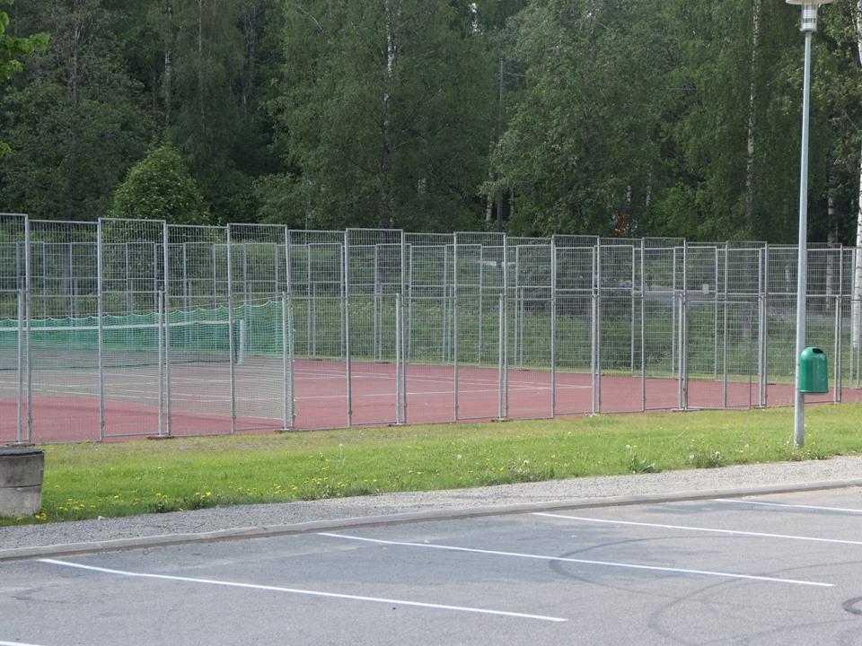 vinkki-tenniskentta